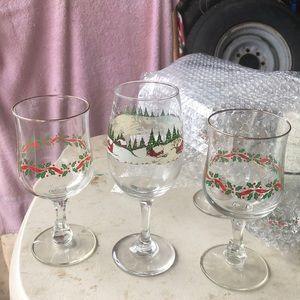 Pedestal glasses